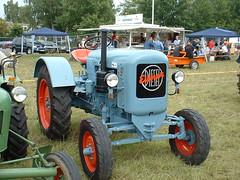 abstecher zum ahauser treffen - eicher (sonjasfotos) Tags: man traktor oldtimer unimog lanz trecker hanomag deutz fendt eicher ausfahrt schlter allgaier