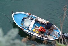 Ritorno a casa... (rana63...) Tags: sea italy colors boat barca italia mare liguria acqua colori manarola pescatore 5terre