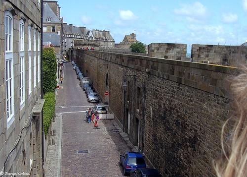 Saint Malo: view wall + empty street 53.004.00