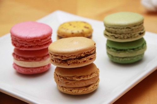 Macarons compare