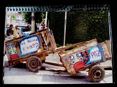15 e 16 ! (------MUNDANO) Tags: wood city cidade brazil people art car brasil graffiti artist peace arte paolo paz ciudad spray carro brazilian papel paulo recycle sao brooklin reciclagem madeira so zona pneu roda sul whell carrinho carroa reuse reciclar planeta saopaolo mundano papelo interveno carroceiro