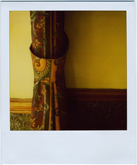 curtain/lavenham (:lynn:) Tags: sunlight polaroid suffolk pub eastanglia lavenham thecock publunch polaroid680