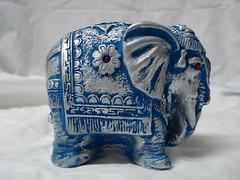 Elefante. (Digo Pessoa) Tags: bonecas arte afro artesanato imagens decorao gesso pinturas africanas decorativo