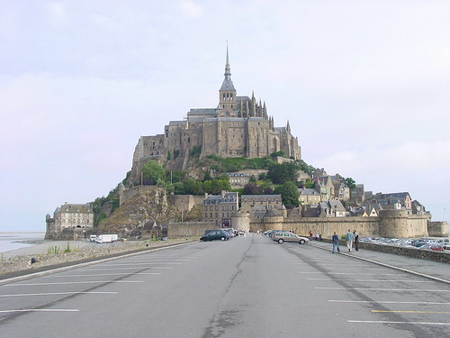 Monte Saint Michel desde la carretera (Foto Flickr de grundigs)