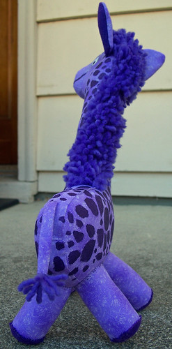 Purple giraffe back