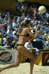 Kerri Walsh AVP Crocs Open Mason Oh 200 (John Barrie Photography) Tags: ohio mason oh avp crocs goldmedalist sandvolleyball masonohio kerriwalsh beijingolympics womensvolleyball mistymayteanor johnbarrie johnbarriephotography velocityphotography