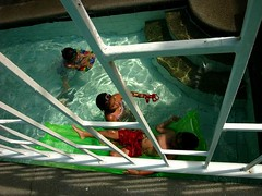 Swimmers (Mikel Parial) Tags: leica 2 digilux teampilipinas