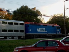 Westbound Metra commuter local arriving at the Hollywood flagstop depot. Brookfield Illinois. October 2006.
