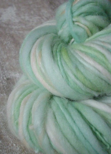 lettuce - handspun yarn