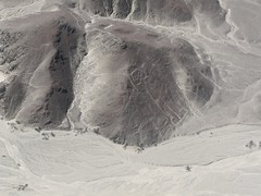 P1020135 (Sergio Conti) Tags: peru astronaut vacanze astronauta nazca sudamerica linee 20080821