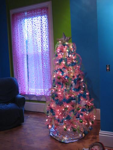 DD's pink tree