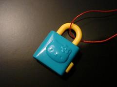 Sanrio Blue & Yellow Hello Kitty Lock Trinket (miekostoys) Tags: hellokitty sanrio trinket