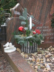 Christmas in the graveyard