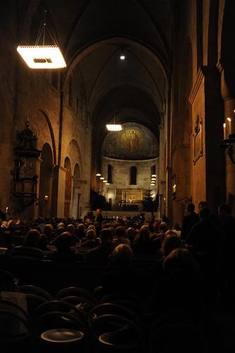 大聖堂でコンサート