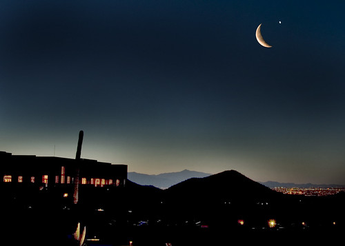 Crescent Moonrise