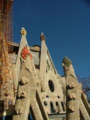 Barcelona 08-11 162 (Deve) Tags: barcelona church spain kirche baustelle gaudí catalunya sagradafamilia constructionsite spanien katalonien gaud