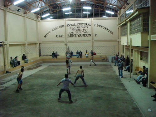 Indoor volley in Tulcán, Ecuador...