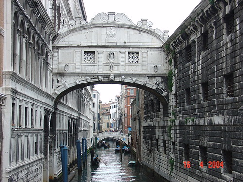 The romantic city of Venice picture by Flickr User Eustaquio Santimano