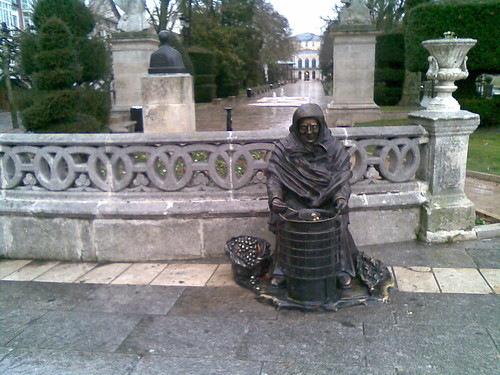 Monument to the Unknown Chestnut Saleswoman