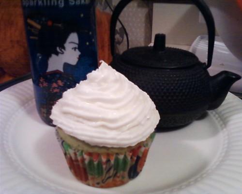 Green Tea sparkling sake cupcakes with sparkling sake frosting