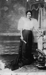 68 (J. Tewell) Tags: philippines manila filipino pearloftheorient oldportrait