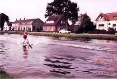 Martin Mostert waterskien vriezenveenseweg (vroomshoop.com) Tags: holland netherlands nederland overijssel dorp vroomshoop kassusa twenterand jankassies mensenvanvroomshoop
