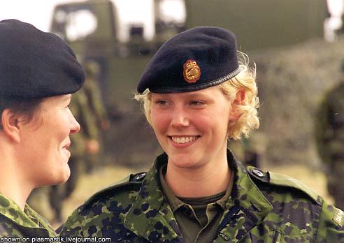 Девушки из армий мира (37 фото). девушки. армия.  Автор.  Happy.