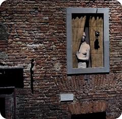 Deh, Vieni Alla Finestra ('YRRET) Tags: window ventana finestra janela siena yarret