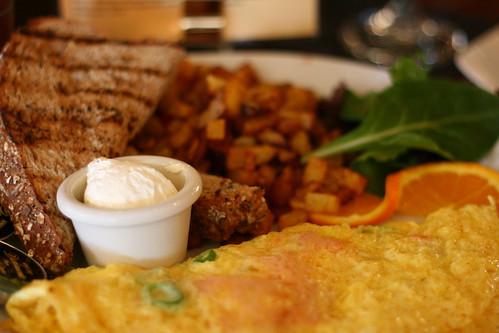 Salmon omlet