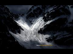 Lawinengefahr (ahoihamburg) Tags: schnee snow mountains alpes licht sterreich spot berge alpen dunkel lawine avalanches austrie mywinners diamondclassphotographer naturewatcher