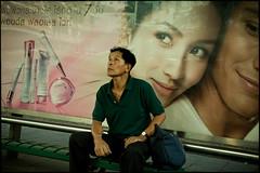 life lie (fly) Tags: thailand asia bangkok fly simonkolton