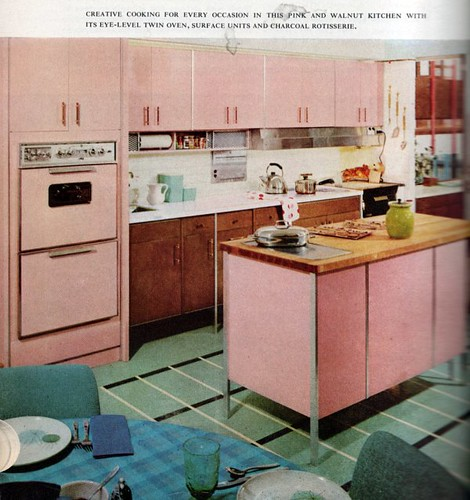 Pink Retro Kitchen: ICafe Woman Moderne: I Dream Of Jeannie In A Pink Retro