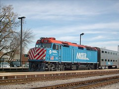 Eastbound Metra commuter local stopped at the Franklin Park commuter rail station. October 2007.
