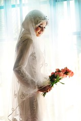 [Free Photo] People, Women, Asian Women, Event, Wedding, Wedding Dress, Malaysian, People and Flowers, 200807081100