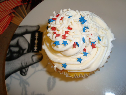 Red white blue cupcake 2 by tokyopop.