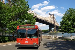 Hybrid Electric Bus, Roosevelt Island, New York City (jag9889) Tags: city nyc bridge red ny newyork bus public car electric puente automobile crossing manhattan air bridges ponte clean transportation eastriver pont vehicle hybrid brücke 2008 rooseveltisland queensboro y2008 jag9889