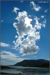... Lofoten sky (nigel_xf) Tags: sky norway clouds norge nikon d70s norwegen himmel wolken nikond70s nigel lofoten lofotenislands nigelxf