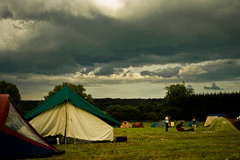 Storm is coming (PtitBen) Tags: camping trees music storm green field festival clouds canon tents champs arbres muziek nuages 2008 veld orage musique tentes 400d rebelxti festivaliers lasemo dpblogsjulystorms lastfm:event=617309