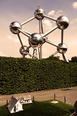 The (mini) House and the (giant) Atomium (Gilderic Photography) Tags: city brussels vacation house color monument strange contrast vintage fun lumix miniature funny europe cityscape belgium capital bruxelles retro panasonic odd villa contraste maison brussel atomium couleur ville stad aluminium attraction tourisme minieurope pansonic parcdattraction gilderic aplusphoto dmctz4
