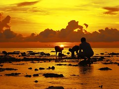 A Collectors World (i b u) Tags: ocean sunset sea orange sun rock kids clouds wow wednesday island bravo silhouettes 123 peoples childrens local collectors pressure maldives amherst ibu morningwalk dhivehi thisistoday civillians twtme newgame ibrahimmohd ibumohd maldivesibusadventure eshi underlaw oneobject365daysproject theperfectphotographer golhabo musichallofwilliamsburg project3662008 farnboroughairshow2008 wideanglewednesday corraptions golhaboa sungosedown
