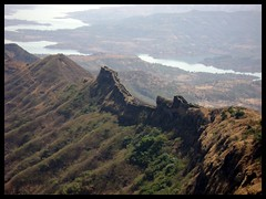 Rajgad....Sanjivani Machi.... (Bhushan Patil.) Tags: india nature 350d maharashtra aroundpune bhushanpatil