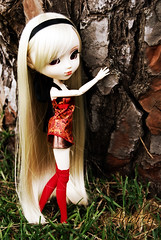Audrey - Pullip Stica (-Poison Girl-) Tags: girls friends tree nature group audrey pullip pullips prunella rikku obitsu junplanning stica pullipprunella pullipstica