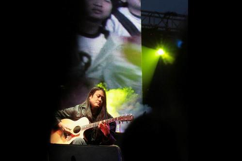 春秋乐队第一吉他手郭广怡