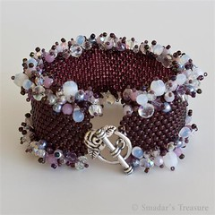 Ruffle Garland Purple Bracelet (Smadar's Treasure) Tags: purple jewelry bracelet peyote etsy beaded bao beadwork seedbeads beadweaving ebw beadwoven ebwteam baoteam beadartoriginals