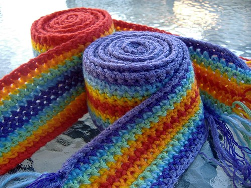 Free Crochet Patterns For A Man s Scarf : laughing purple goldfish designs: rainbow scarf pattern