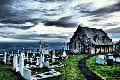 Llandudno  Great Orme Church HDR / Dean Brindle