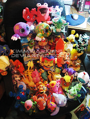 my christmas presents (KDark) Tags: christmas bedroom plush collection plushies present series neopets 2008 series6 keyquest