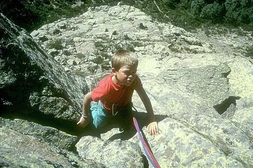 Escalade de l'arête de Carozzu à Spasimata: Laurent dans les dernières longueurs