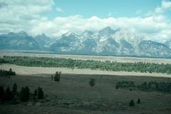 TetonsA28 (AbyssWriter) Tags: travel usa mountains landscape geography wyoming plains grandtetonnationalpark