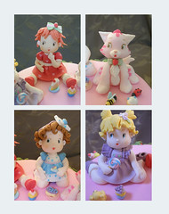 Details of the Topper (Dragonfly Doces) Tags: baby cake angel cat strawberry pasta blueberry americana beb bolo muffin gatinho shortcake gumpaste moranguinho uvinha amoralinda